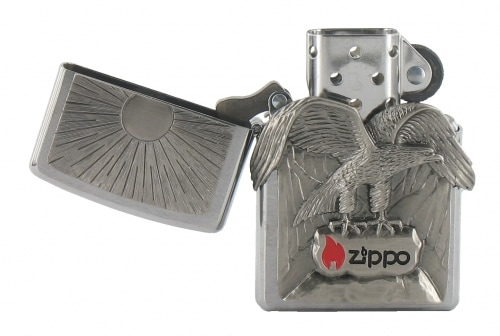 Zippo Aigle Perché